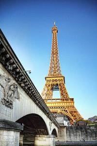 ツール・ド・フランスのパリ周回コースの風景 エッフェル塔