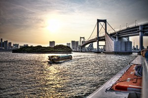 海上バスdeHDR レインボーブリッジと海上バス