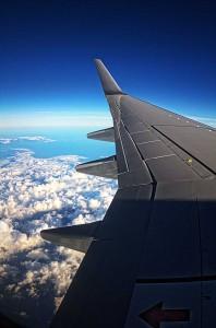 年末年始どこにも行ってないけど空港でHDR! JAL機内からみた雲