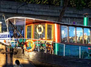 RiverCruise【HDR】緑のボート