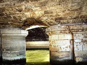 RiverCruise【HDR】橋脚からの観覧船