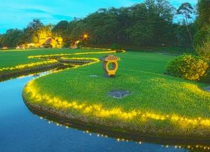 岡山後楽園と烏城でHDR@日没前の岡山後楽園の小川とイルミネーション