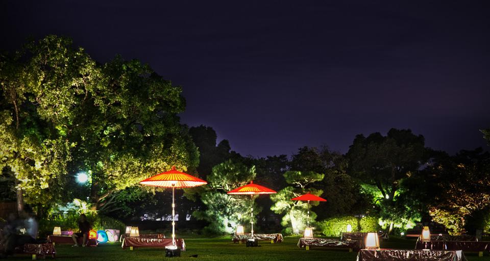 岡山城 烏城灯源郷 3本の赤い番傘が美しい!