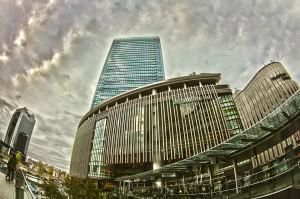 GRAND FRONT OSAKA @雨雲とグランフロント大阪