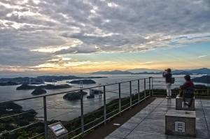 しまなみサイクリング@亀老山からの来島海峡大橋HDR#2さらに今治造船