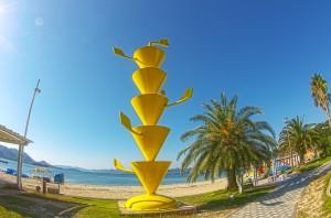 しまなみサイクリング@生口島サンセットビーチにあるシトラスモニュメント