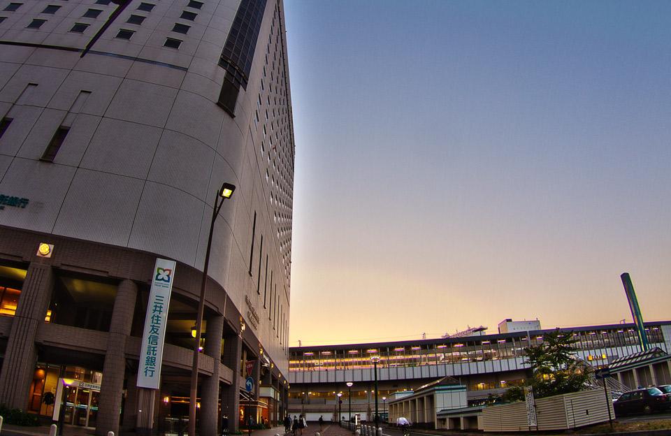 岡山駅前のすぐ横ホテルグランビア