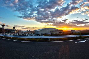 沖縄へ出発前の岡山空港の朝焼け@ツール・ド・おきなわ2015でHDR