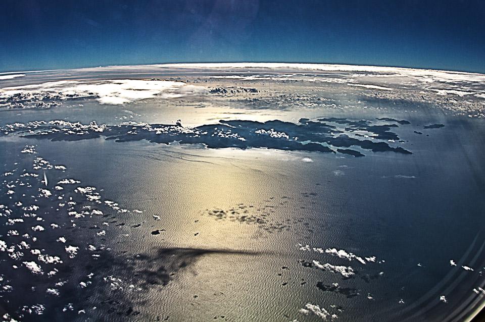 JTA沖縄便B737から見る奄美大島
