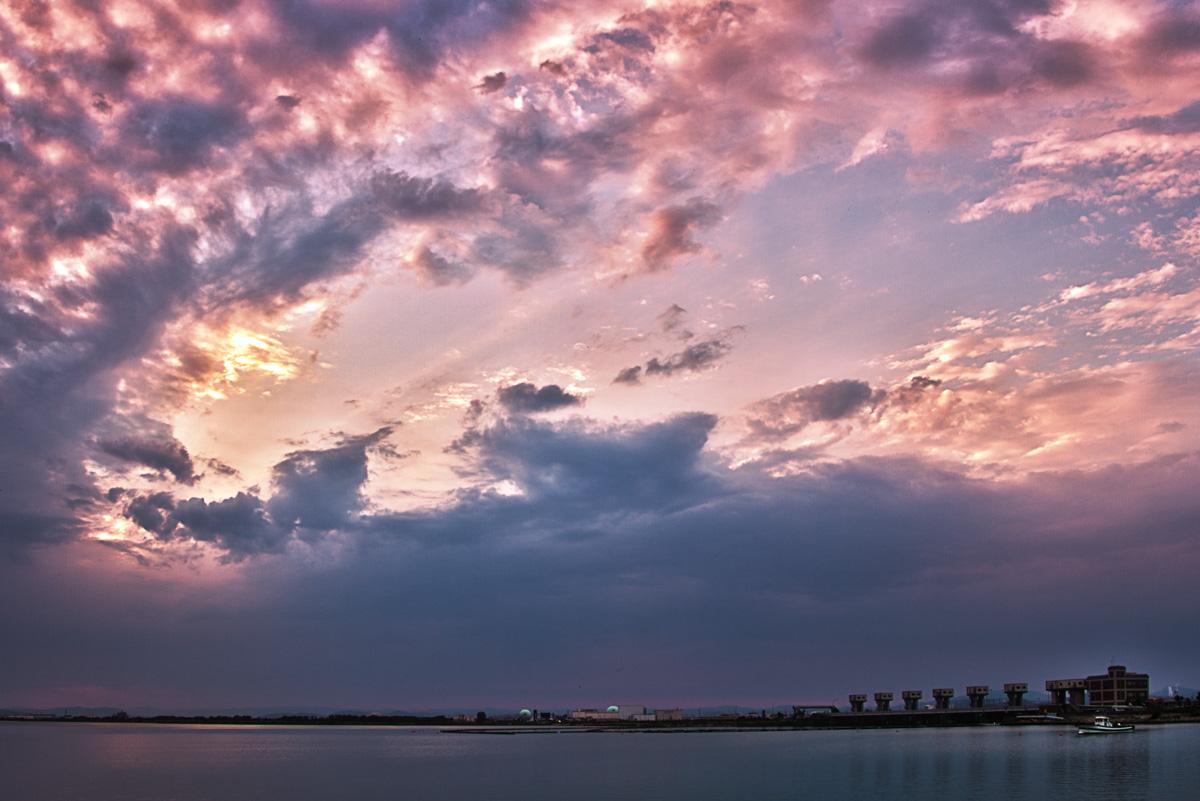 夕暮れの児島湖