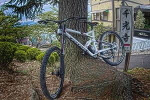 千光寺に向かう途中にあった、マウンテンバイク!@Red Bull Holy Ride