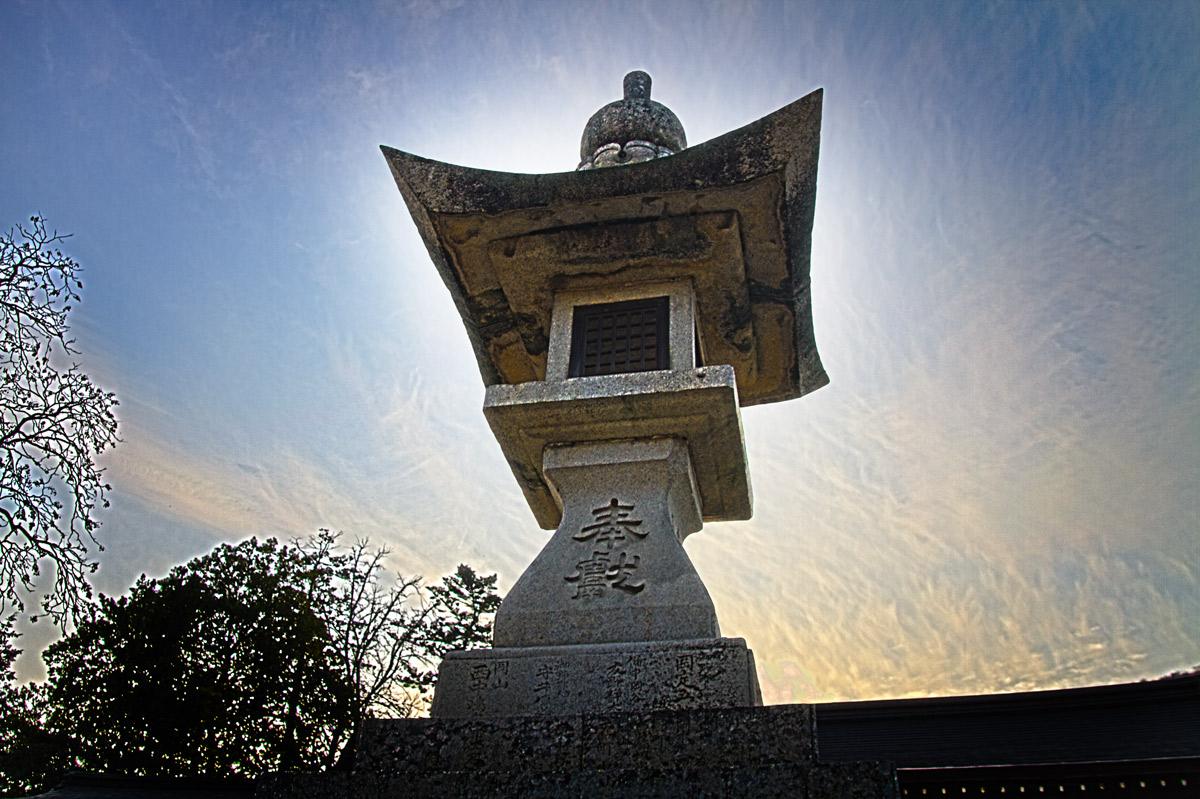 日本一の石灯篭