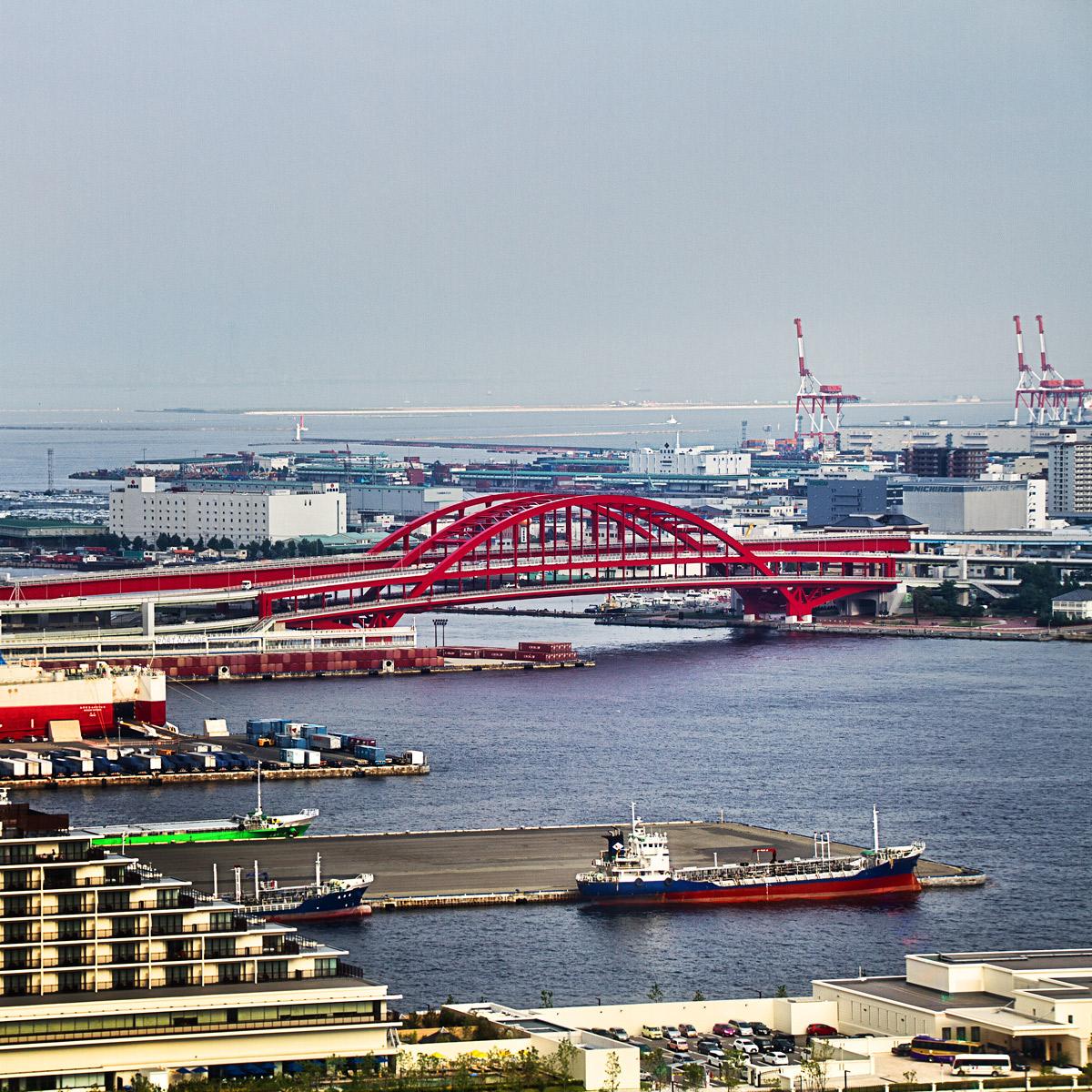 ポートタワーからみた神戸大橋