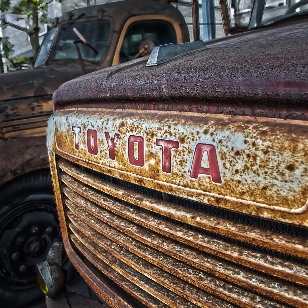 トヨタF型ボンネット消防車