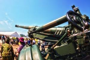 FH70(えふえっちななまる)155mmりゅう弾砲@たまの港フェスティバルでHDR