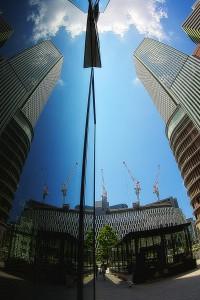 建て替え中の阪神&新阪急ビルのクレーン@Building in Sky