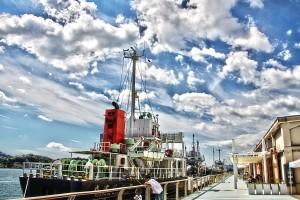 赤い煙突の船と空@SkyCollection