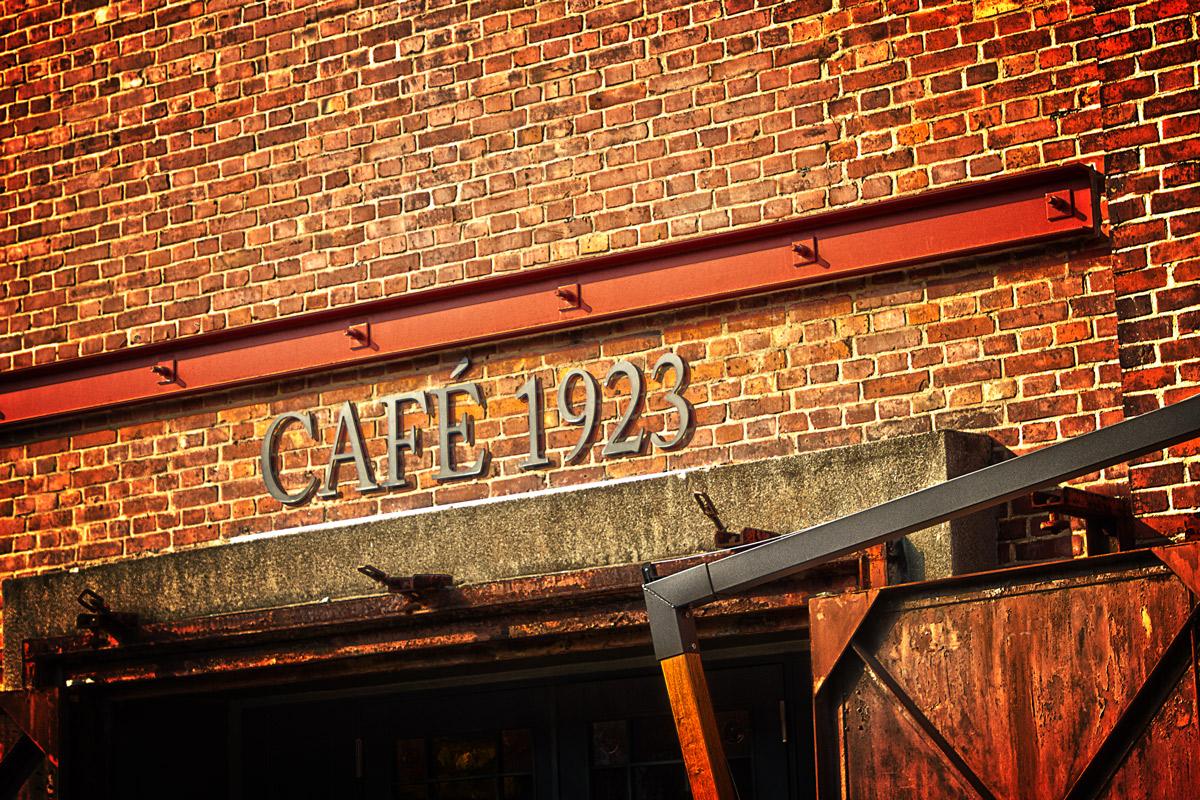 カフェ 1923