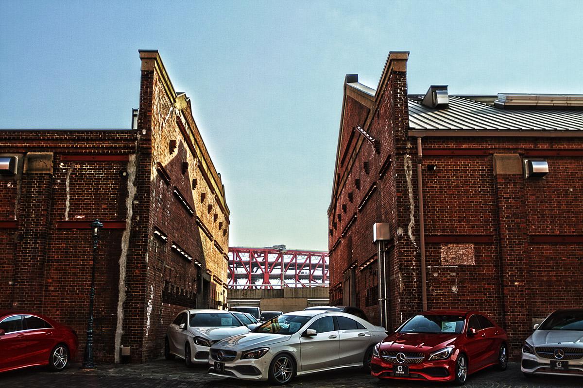 港大橋と赤レンガ倉庫