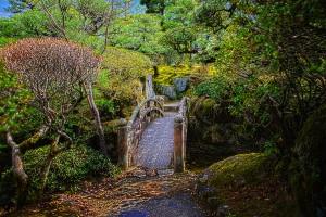 日本庭園の石橋@福山城公園