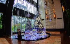 丸の内のクリスマスツリー@BRIGHT CHRISTMAS