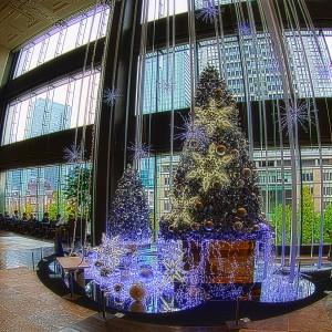 東京駅舎とクリスマスツリー@BRIGHT CHRISTMAS