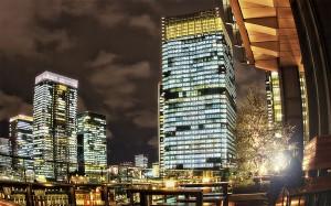 新丸ビル7階テラスからみるKITTE@夜の東京駅丸の内駅舎