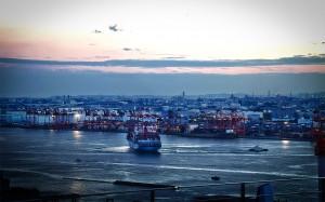 フジテレビはち玉から品川埠頭@夜のレインボーブリッジ